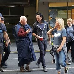 Tom Hiddleston and Anthony Hopkins on the set of Thor: Ragnarok. Of course Tom has tea