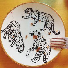 Dessert plate with leopard motif.  h&m home, 179 CZK