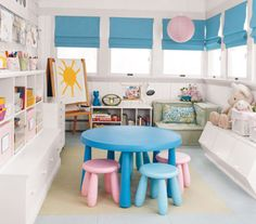 What an awesome playroom... Could be a school room for younger ages too
