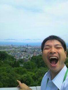 高台から大笑いあーくん