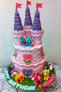 My Little Pony Castle Cake.All the Ponies were hand moulded with Fondant....... by Cake it with Barbara <3