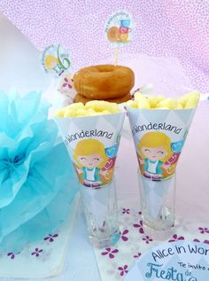 Fiesta de cumpleaños Alice in Wonderland, Alice in Wonderland Birthday Party Kit. quecosashaces.blogspot.com