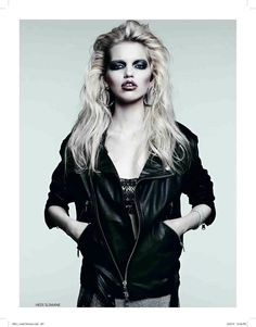 Metal Star – Hedi Slimane and Sarah Richardson (Trouble Management) team up once again for the April cover shoot of Vogue Russia starring Daphne Groeneveld. Look Rock, Rock Style, My Style, Hair Style, Trendy Style, 80s Fashion, Trendy Fashion, Fashion Models, Rock Fashion