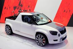 skoda yeti etape - The Skoda Yeti ETAPE is a quirky concept car created by BT Design for the Leipzig AMI Show. The ETAPE is a unique twist on the Skoda Yeti, which in. Automobile, Bike Sketch, Vw Group, Volkswagen Group, City Car, Bike Design, Amazing Cars, Awesome, Pick Up