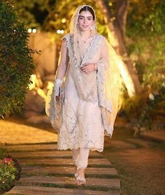 "18 Likes, 2 Comments - Pakistan Street Style (@nova_lifestyle) on Instagram: ""#zarpashmustapha at her Nikkah """