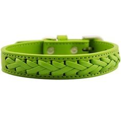Wildforlife Vivid Leather Dog Collar Green M >>> Details can be found by clicking on the image.Note:It is affiliate link to Amazon.