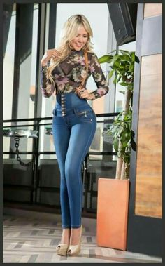 jeans colombianos al por mayor in you jeans romantic history 1284 Denim Fashion, Look Fashion, Girl Fashion, Womens Fashion, Sexy Outfits, Casual Outfits, Fashion Outfits, Sexy Jeans, Skinny Jeans