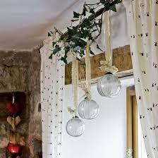 Resultado de imagen para adornos ventanas navidad