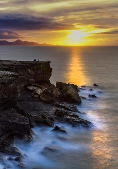 Sunset in Fuerteventura | Spain (by Pedro López Batista)