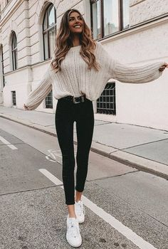 winter outfit inspiratiopn / white knit sweater + black skinny jeans + sneakers clothes 30 Great Outfits To Wear At Your New Year Gatherings Winter Outfits For Teen Girls, Winter Fashion Outfits, Look Fashion, Spring Outfits, Winter Fashion Street Style, Winter Outfits 2019, Womens Fashion, Cute Jean Outfits, Outfits With Jeans