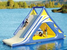 From pool floats to water slides, find a wonderful collection of fun and functional pool and water toys at Hammacher Schlemmer. Water Toys, Water Play, Water Games, Pool Games, My Pool, Beach Pool, Pool Floats, Floating In Water, Floating Island
