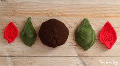 Cómo tejer una flor de pascua de ganchillo Wooden Spatula, Container Plants, Simple, Diy, Surface Area, Fruit Juice, Searching, Animal, Table
