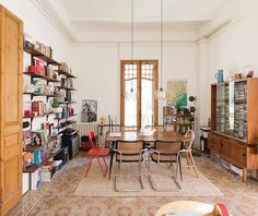 We cannot stop crushing on this bright, spacious home in Barcelona. Filled with elements that feature character and history, the space…