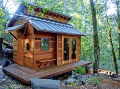 Tiny Cabins, Tiny House Cabin, Log Cabin Homes, Cabins And Cottages, Tiny House Living, Tiny House Plans, Tiny Houses, Tree House Homes, Small Houses On Wheels