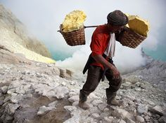Sulfur Mining Image, Indonesia - National Geographic Photo of the Day