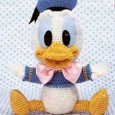 Mesmerizing Crochet an Amigurumi Rabbit Ideas. Lovely Crochet an Amigurumi Rabbit Ideas. Crochet Disney, Disney Crochet Patterns, Crochet Amigurumi Free Patterns, Crochet Dolls, Knitting Patterns, Crochet Gratis, Cute Crochet, Disney Babys, Baby Disney
