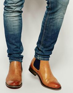 Chelsea Boots Outfit, Chelsea Boots Style, Leather Chelsea Boots, Brown Leather Boots, Soft Leather, Mens Shoes Boots, Mens Boots Fashion, Men's Shoes, Shoe Boots