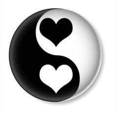 :) Yin / Yang symbol with heart. Complementary husband and wife. Thanks Daizo Cool Art Drawings, Easy Drawings, Drawing Sketches, Yin Yang Art, Yin En Yang, Stone Drawing, Nature Design, Yin Yang Tattoos, Rock Painting Designs