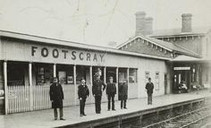 Footscray Railway Station in Victoria (year unknown). Melbourne Australia, Australia Travel, Melbourne Suburbs, Australian Continent, Around The World In 80 Days, St Albans, Melbourne Victoria, World Images, Historical Pictures