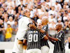 Sport Club Corinthians Paulista - Rivellino scores!