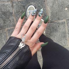 #armynails #greennails #armygreen #mattenails Army Nails, Green Nails, Matte Nails, Army Green, Gemstone Rings, Gemstones, Jewelry, Green Toe Nails, Green Nail