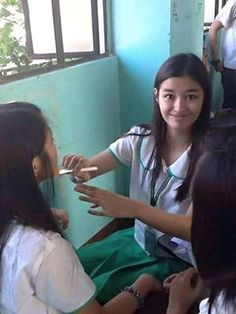 Liza Soberano lizasissylicious Page Liked · 8 hrs  ·    The High school days.   Happy 71k Lizasissylicious.   -Head Admin