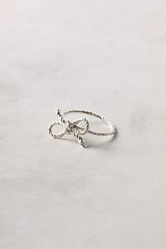 I would love to own a ribbon ring. They're just the sweetest things.