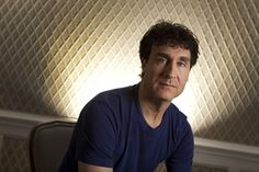 Unveiling the first major virtual reality TV series, 'Invisible,' from director Doug Liman - LA Times