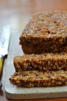 Nutritious Snack Tips For Equally Young Ones And Adults Gluten-Free And Dairy-Free Pumpkin Spice Energy Bars Healthy Bars, Healthy Sweets, Healthy Snacks, Protein Snacks, Healthy Breakfasts, High Protein, Eating Healthy, Clean Eating, Dairy Free Recipes