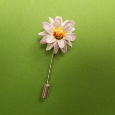 Delicate White MARGUERITE DAISY PIN 3D Floral by KerrysWorksOfArt