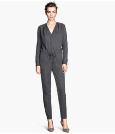 H&M Jumpsuit in a lyocell mix 4.499 RSD