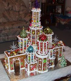 Gingerbread Palace: 2008 Gingerbread Project . . . just for fun!!! Bebe'!!! Love this fantastic Royal palace with vivid colored Russian onion dome features on the the rooftop!!!