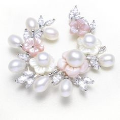 platinum color plated pearl brooch