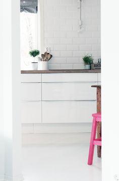 Det rommet jeg er mest fornøyd med hos oss er kjøkkenet. Utnyttelsen av rommets form og størrelse er...