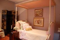 Charlotte Moss Kips Bay bed