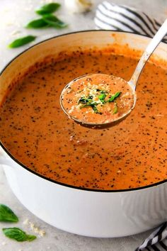 This NO CAN Parmesan Tomato Basil Soup recipe is our family favorite! Its supe. - This NO CAN Parmesan Tomato Basil Soup recipe is our family favorite! Its super easy without any - Soup Recipes, Vegetarian Recipes, Cooking Recipes, Bean Recipes, Creamy Tomato Basil Soup, Tomato Soup, Tomato Tomato, Tomato Paste, Gourmet