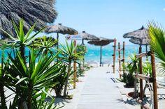 Un week-end évasion à Saint-Cyprien ça vous tente? #beachclub #farniente #saintcyprien