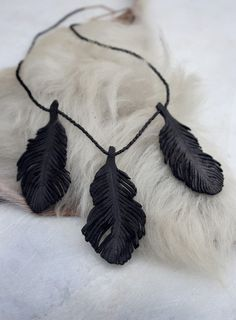 BLACK LEATHER FEATHER necklace