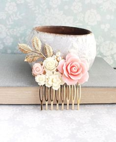 Hey, I found this really awesome Etsy listing at https://www.etsy.com/uk/listing/454360598/blush-pink-rose-comb-bridal-hair-comb