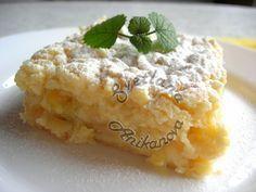 Хочу сегодня поделиться с вами рецептом любимого лимонного торта эстрадной певицы Ирины Аллегровой. Однажды, в одной из кулинарных программ, в которой Ирина Аллегрова принимала участие, она поделилась…