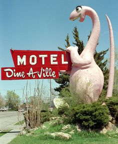 Dine-a-Ville Motel in Vernal, Utah was the Last Dinosaur built by Millecam, this one is a 23 Foot Tall T-Rex !!