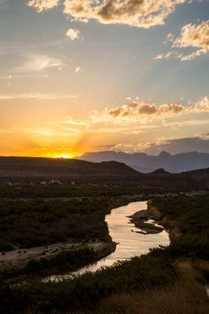Sunset on the desert and Rio Grande, BBNP, TX
