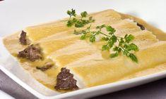 Bruno Oteiza nos propone en esta receta de comer morcilla de otra manera que a la plancha: canelones de morcilla y manzana con salsa de verduras