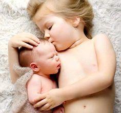 Abrazo de hermanos