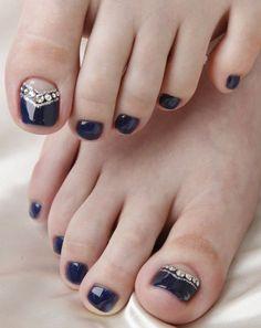 Drak blue pedi with crystals11