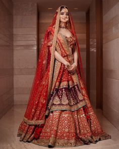 Indian Bridal Photos, Indian Bridal Outfits, Indian Bridal Fashion, Indian Fashion Dresses, Dress Indian Style, Indian Designer Outfits, Party Wear Indian Dresses, Wedding Lehenga Designs, Designer Bridal Lehenga