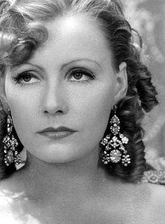 Greta Garbo, stunning hair, make-up and jewelry combination!
