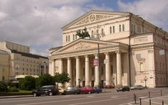 """Bolschoi Theater /  We drive past the """"Bolshoi Theatre"""", founded in 1776."""