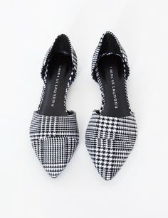 Hounds tooth pointy flats