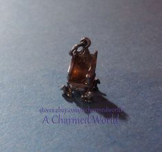 Vintage 3D Sterling Silver Scotland Stone of Destiny King Edward s Chair Charm